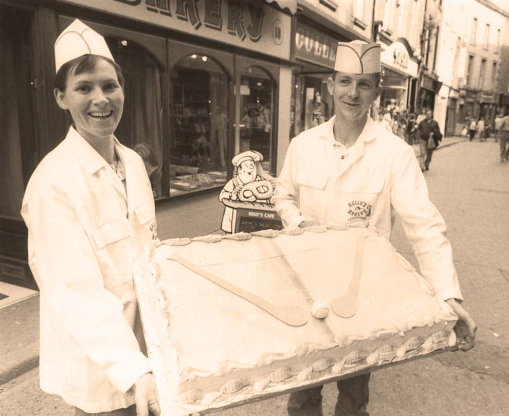 Cake wishing Wexford hurlers luck in 1996 Leinster final